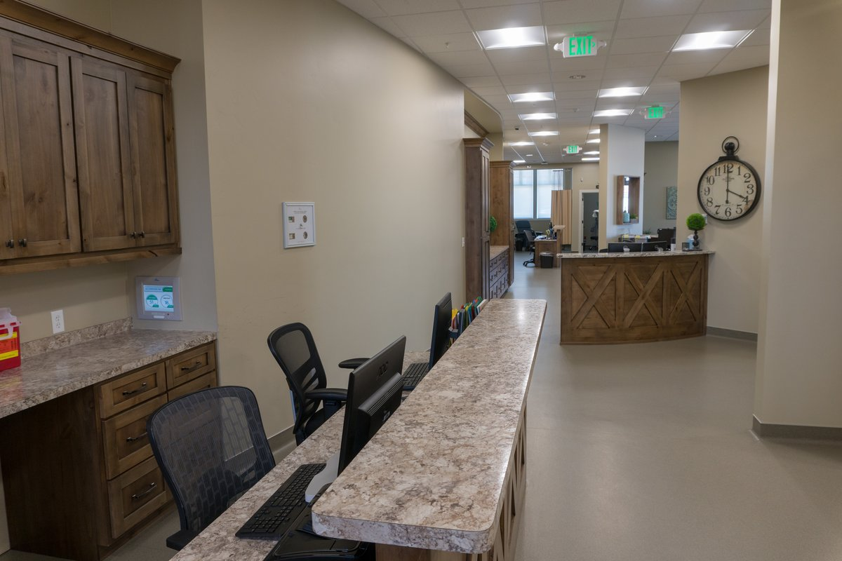 Desk - pain management idaho falls
