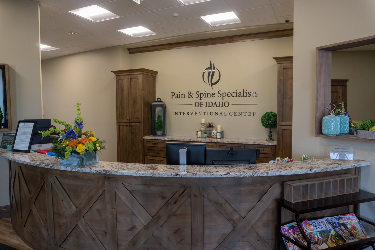 Front Desk - idaho falls pain management