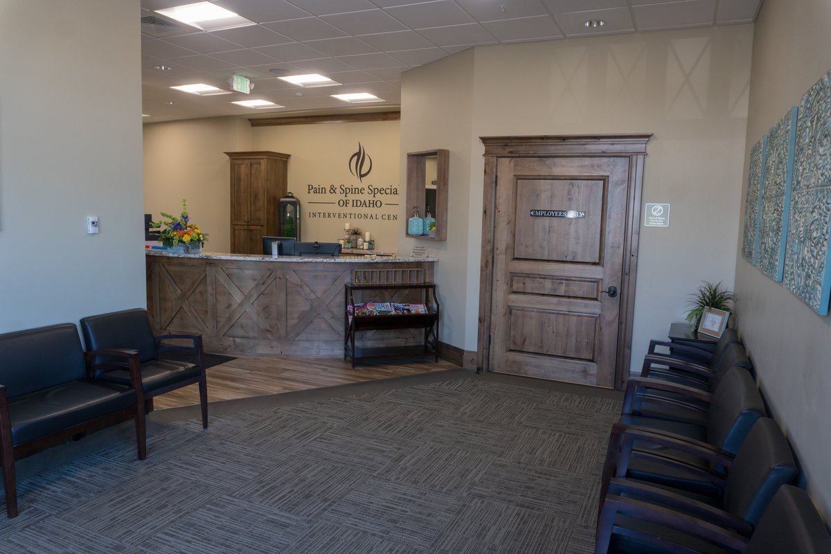 Waiting Room - idaho falls pain management
